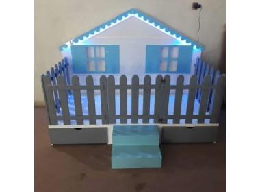 Montessori-yatak-çatılı