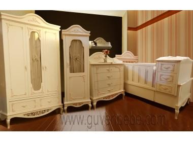 Romans Bebek Odası mobilyası